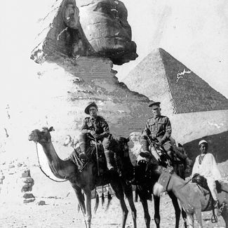 3 Dec 1914 – Soldiers on camels sphinx